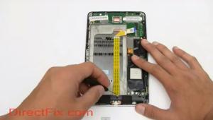 Schermata del filmato di smontaggio del Nexus 7
